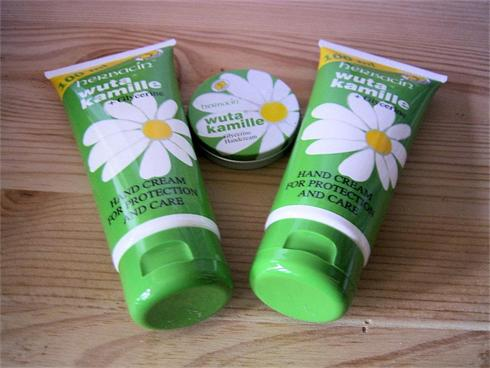 Free Gift Offer,Buy two 100ml tubes get tin free !