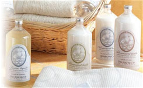 Durance en Provence,Textile Softener,  has been tested to be effective against dust mites. It can be used for machine or hand washing.