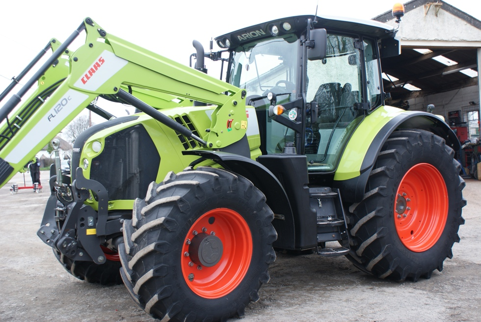 2017 Claas Arion 640 Cebis c/w FL120 loader & front linkage