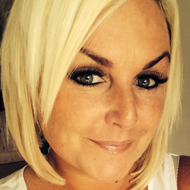 Tara, our in house spray tan technician.