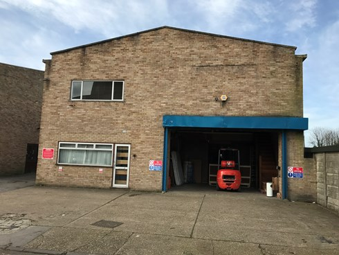 Euro UK Moves Group Short Term Storage warehouse and Offices