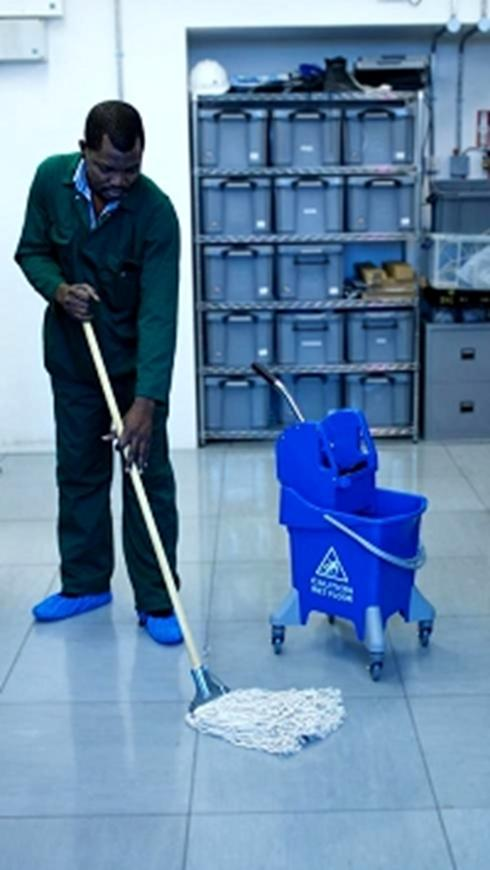 Access Floor Cleaning