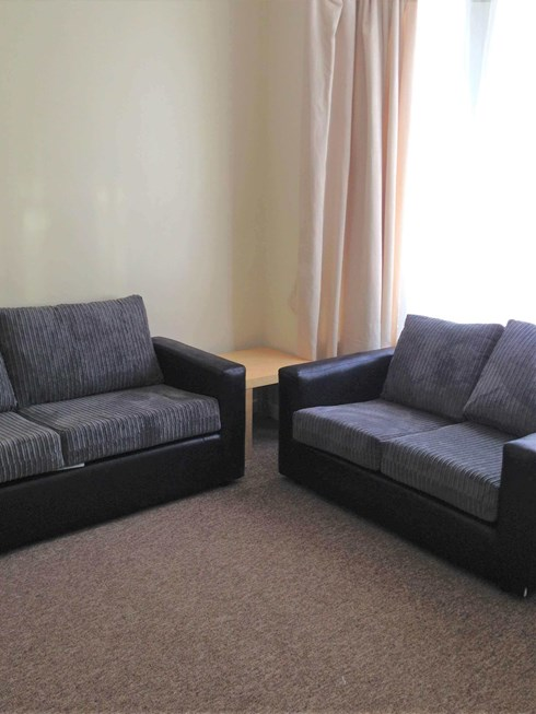 Living room with two sofas in Portsmouth Student House