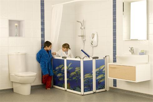 Wet room with designer shower screen