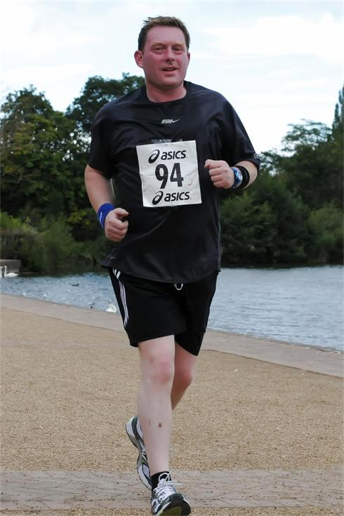 Lee Gorton Ellesmere 10k 28th August 2011