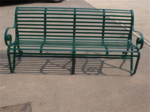 Ornamental garden bench in traditional dark green gloss