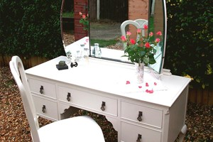 Victorian dressing table with mirror, painted and waxed with drop leaf antique handles.