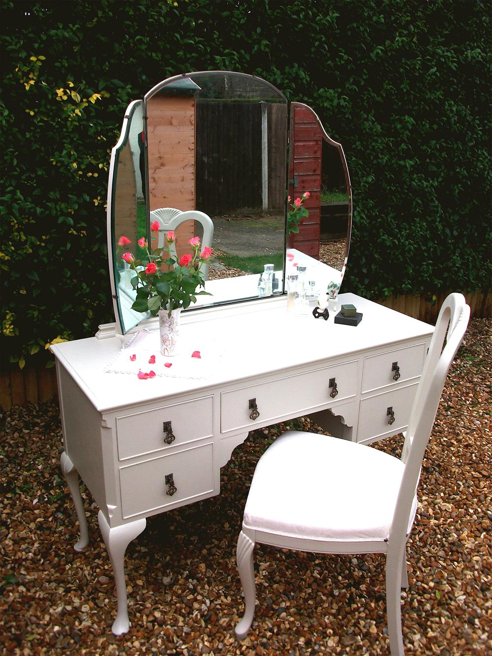 Victorian dressing table - Beautiful 1900 Shabby Chic Victorian Dressing Table Hand Painted Distressed And Waxed Complete With Upholstered Chair