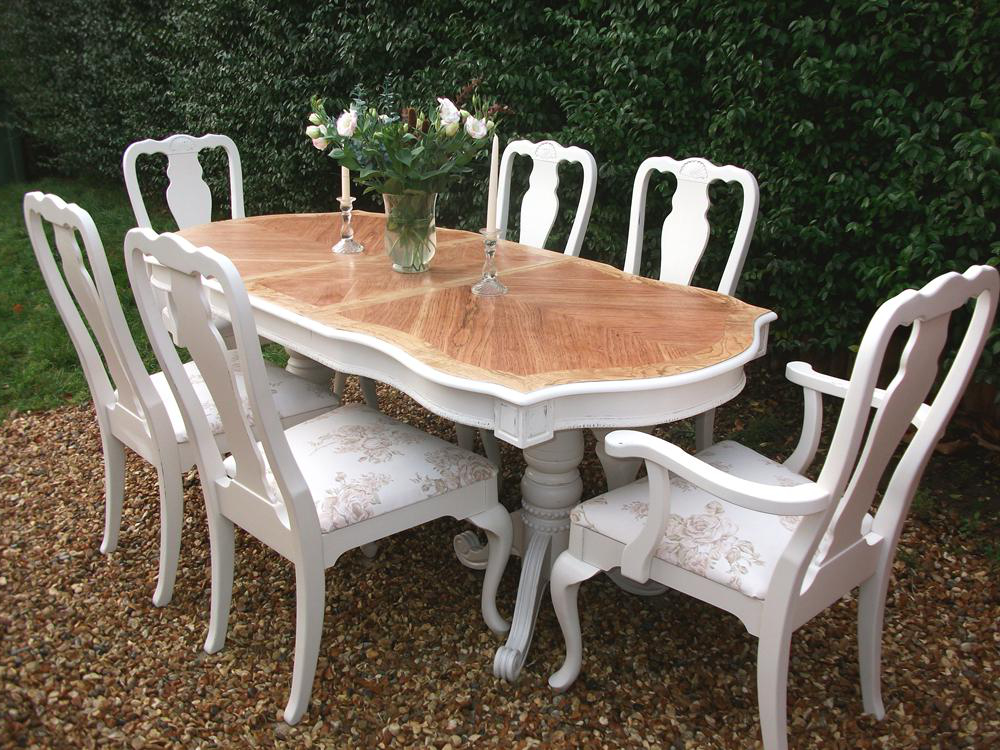 Stunning French Bergere Painted Dining Table With Four Chairs And Two  Carvers. The Top Has