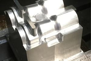 Precision machining of ali mould for foam tool