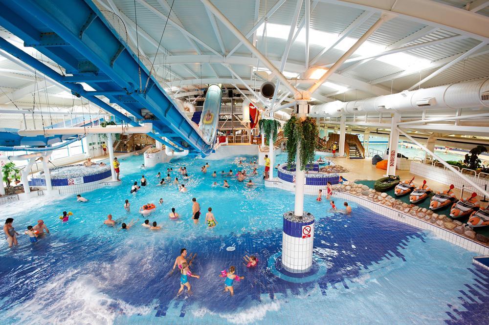 Hotels Near Waterworld Stoke