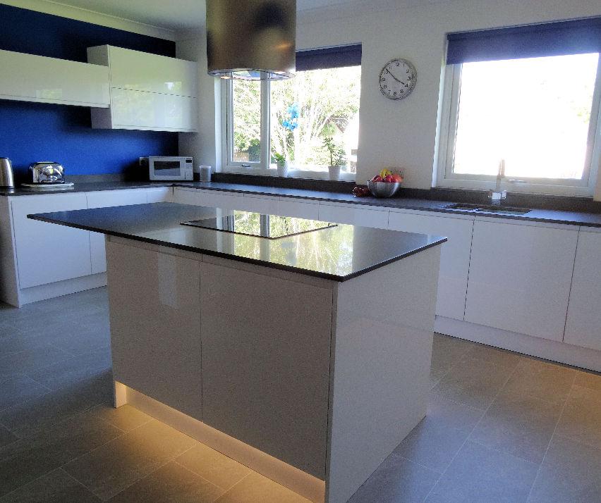 New_Installations & Testimonials : Hi-Line Kitchens