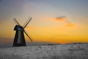 Rottingdean Beacon Hill Windmill in Winter