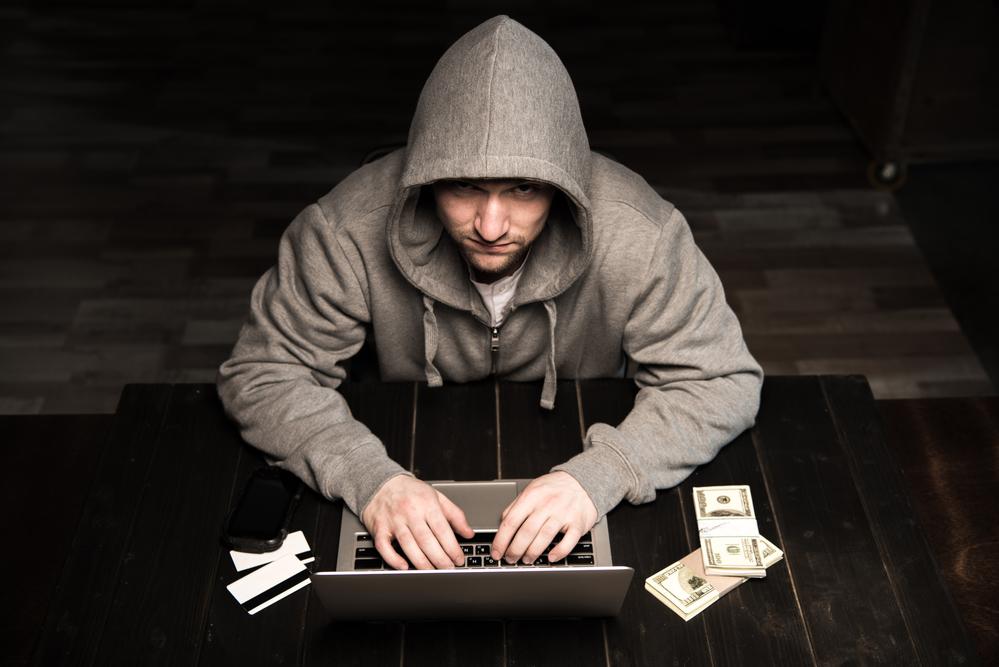 CriminalOnLaptop