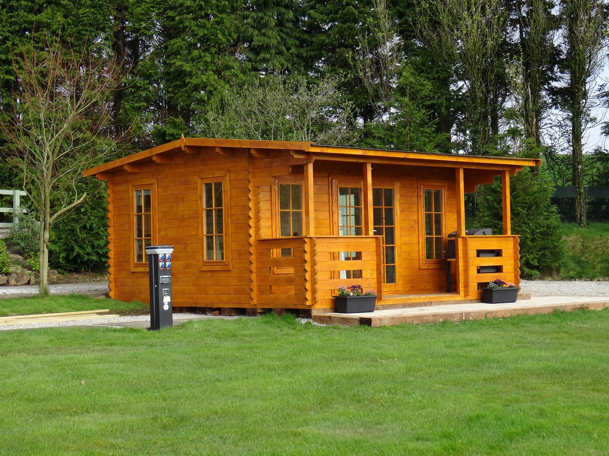 Robins Roost Cabin , Sleeps 4