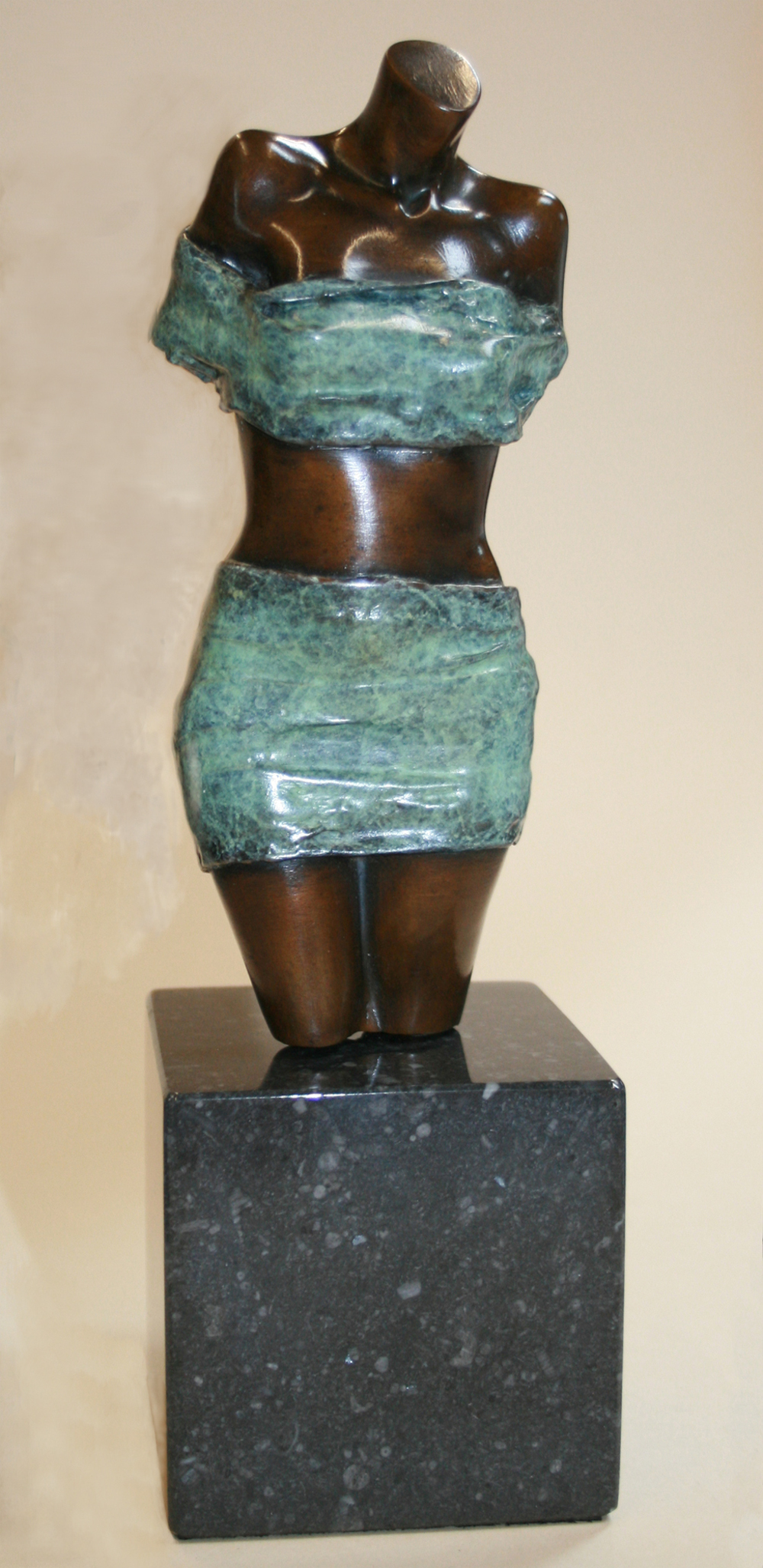 Aphrodite front-view
