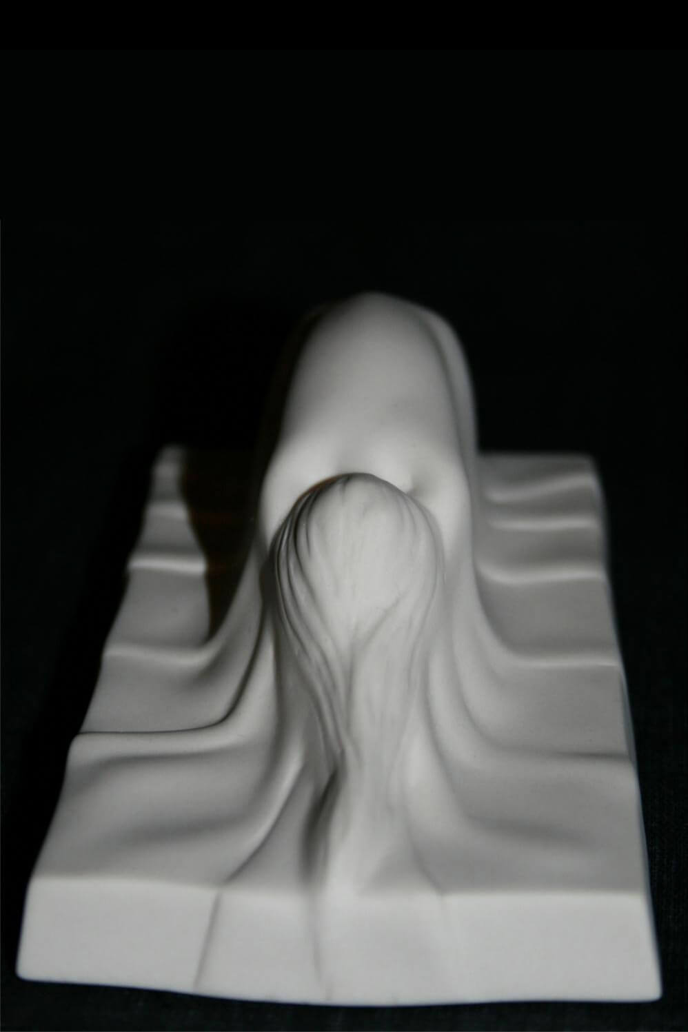 Apparition front-view-2
