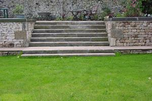 I think these reclaimed york stone steps look magnificent