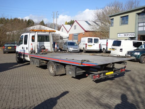 "Iveco Daily 70C21 Crew Cab ""Superman edition"""