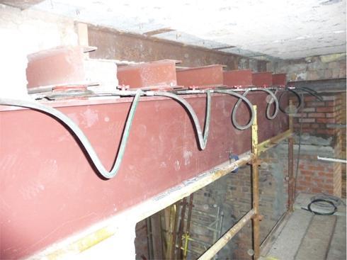 synchronised preloading of steelwork