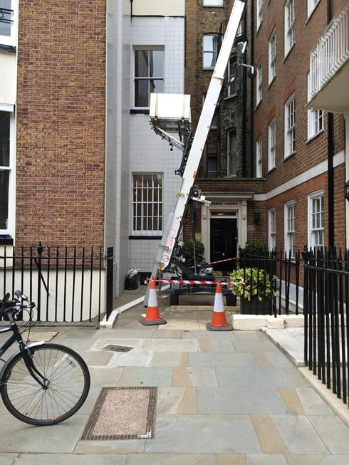 Removal lifting in London - The Furniture Hoist Company