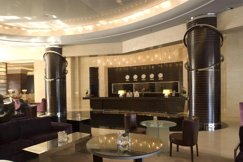 Modern wrenn interiors for Modern hotel dubai