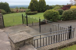 Household Gates & Railing 