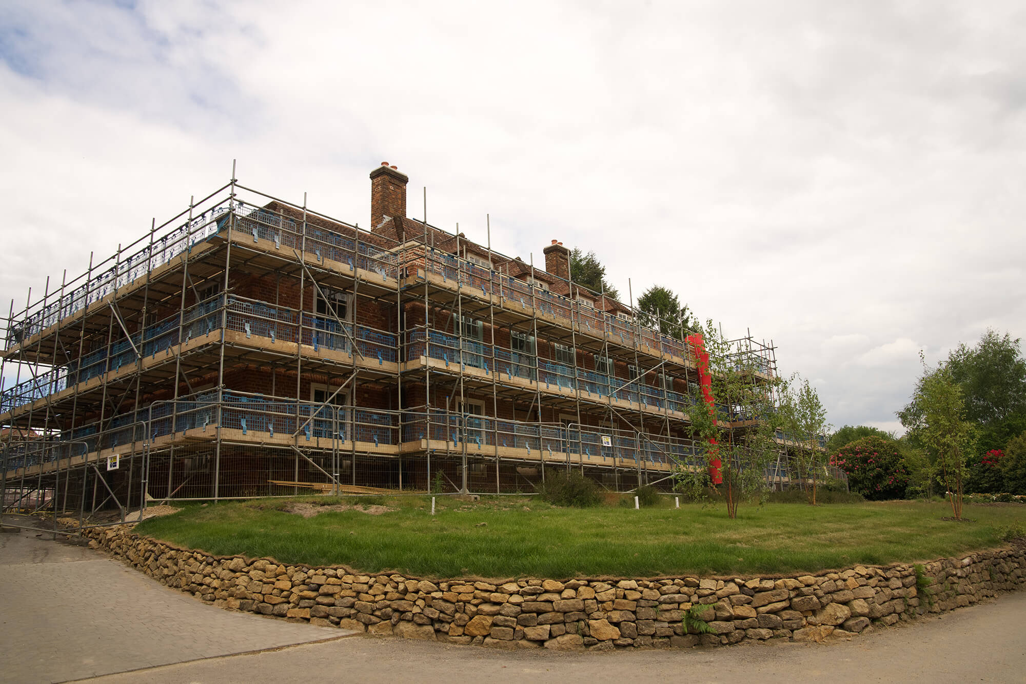 King Edward VII Estate surrounded by Scaffolding