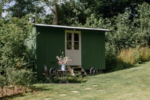 Gribbles Shepherd Hut