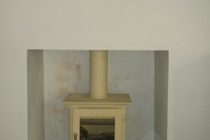 A cream Chesney's Stove installed in Four Marks.