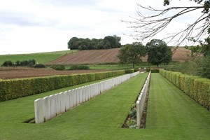 Beaumont Hamel Cemetery looking towards Hawthorn Ridge