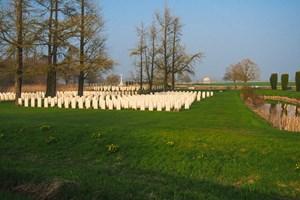 Bedford House CWGC Cemetery