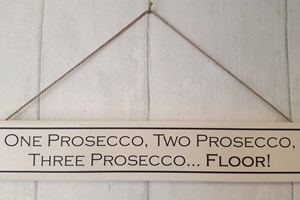 One prosecco, two prosecco...