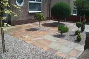 Indian sandstone front garden and landscaping in Ellesmere Port, colour rippon buff.