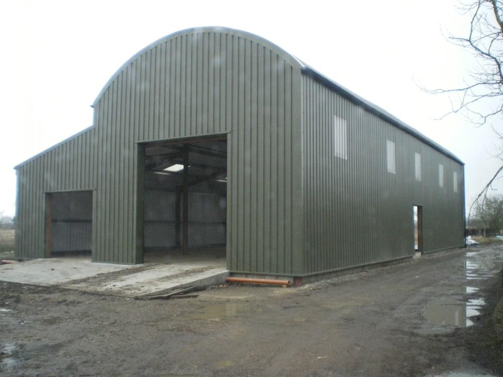 Dutch Barn : JRB ROOFING Ltd