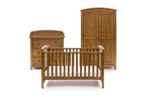 <h2>Ashby<br/></h2><p><span>Description:</span><br/>Cot Bed, Double Wardrobe, Dresser</p><p><span>Colours:</span><br/>Oak</p><p><span>Price:</span><br/>Cot Bed (£350) Double Wardrobe (£400) Dresser (£400) </p>