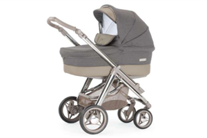 <h2>Hip Hop Tech XL Magic</h2><p><span>Description:</span><br/>Chassis, Seat Unit With Hood, Carrycot Hood & Apron Raincover</p><p><span>Colours:</span><br/>Chrome Chassis, Berry Blush, White Magic, Pale Sky, Cream Magic, Oatmeal, Mystic Fawn</p><p><span>Price:</span><br/>£825</p>