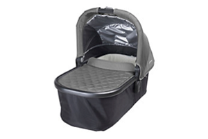 <h2>Universal Carrycot<br/></h2><p><span>Description:</span><br/>Vista or Cruz, Overnight Sleep, Extended Hood</p><p><span>Colours:</span><br/>Denny, Ella, Georgie, Jake, Maya, Pascal, Samantha, Taylor, Lindsey</p><p><span>Price:</span><br/>£219.99</p>