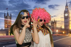 Cool Girls in London