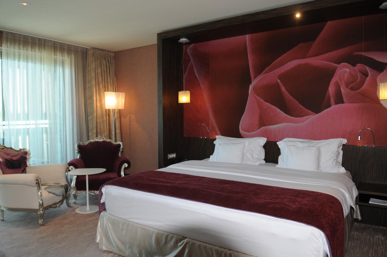 Hotel Kempinski Palace Diamond Sky Holidays