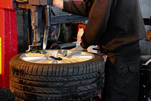 Gates Tyres, MOT, Car Servicing