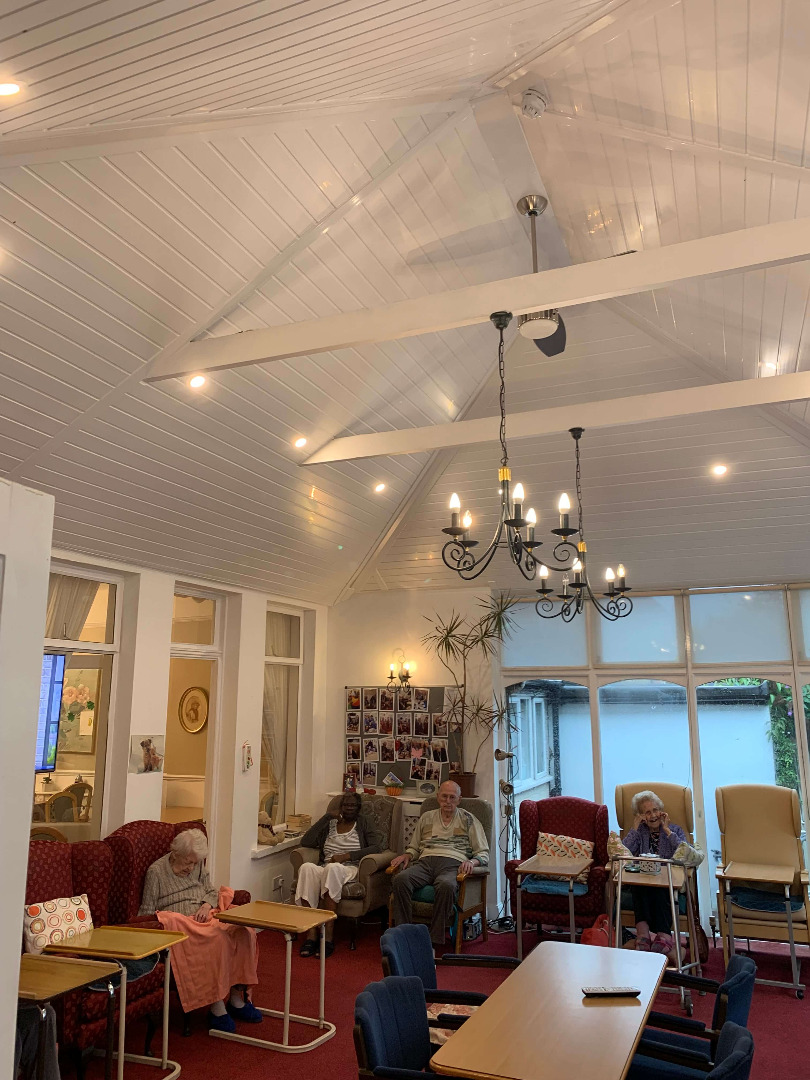 Renovated Conservatory in a Care Home