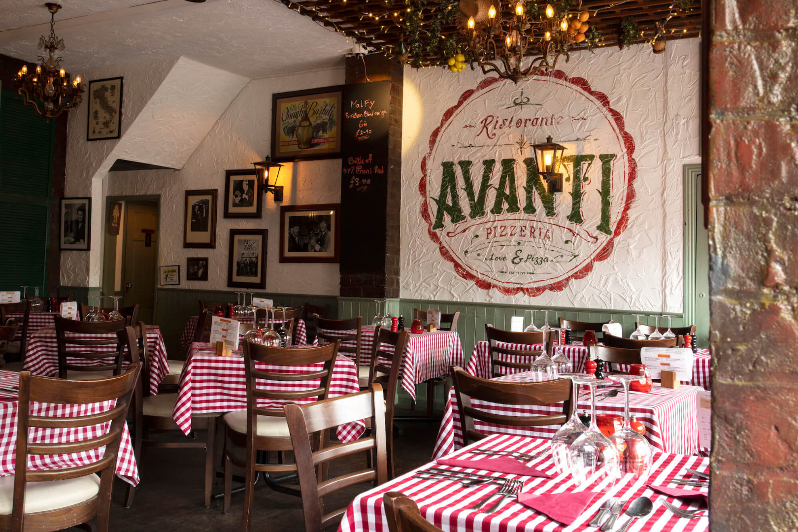 Image of Avanti Restaraunt