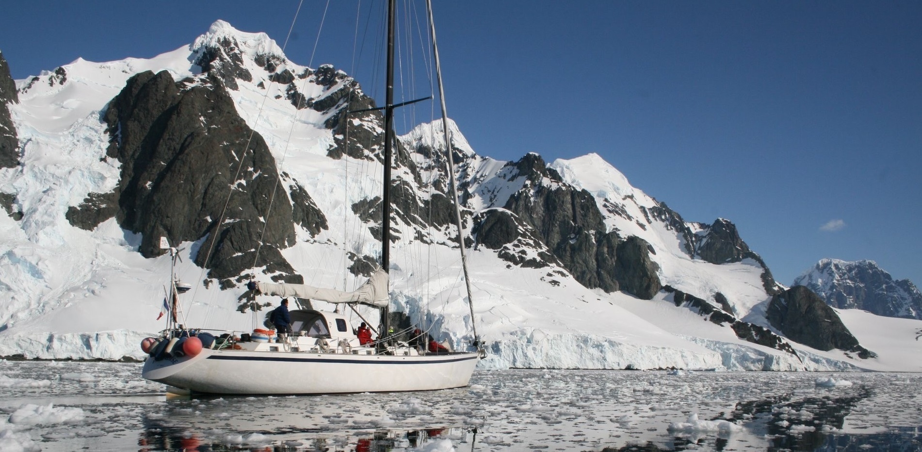 Owen Clarke Design have a history of high latitude polar and adventure sailing reaching as far back as 2003.  The brokerage and sale of aluminium and lifting keel explorer and expedition yachts parallels our interest in the geography, sailing and design of sailboats for the Antarctic and Arctic regions.