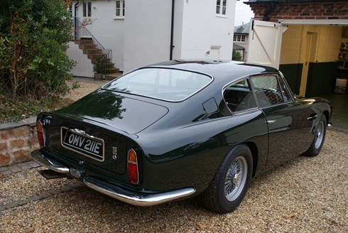 Aston Martin DB6 Superleggre