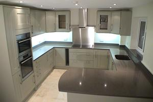 Mr Sadler from Southampton sent us his pictures of his beautifully finished kitchen showing Amazon polished.